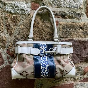COACH Bag Exclusive Design